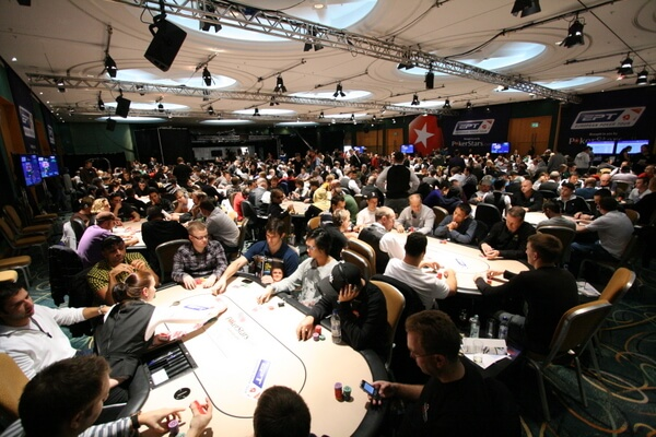 The Popularity of Online Poker